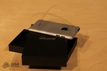 iPhone 5 Design Prototype