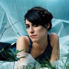 "Feist: ""Train Song"" (feat. Bon Iver) kostenlos downloaden, neues Album ""Metals"" im Stream"