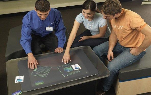 Microsoft Surface SUR40 im Handel angekommen