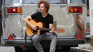 "Michael Schulte: ""Carry Me Home""-Akkustikvideo, Tour mit Rea Garvey"