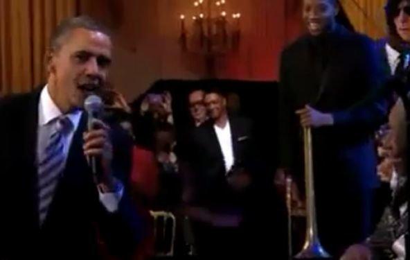 """Präsident Obama singt mit B. B. King """"Sweet Home Chicago"""" (Video)"""