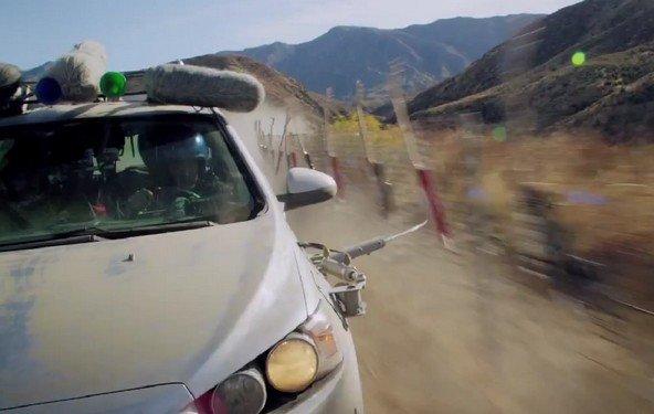 """OK Go: """"Needing / Getting"""" - unglaubliches neues Video mit Chevy und Auto-Teilen"""