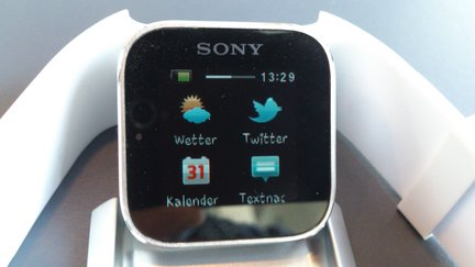 Sony Smartwatch 01