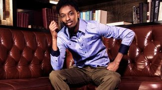 """K'naan: """"Is Anybody Out There"""" feat. Nelly Furtado Video, neu in den Charts"""