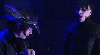 """Johnny Depp als Gitarrist bei Marilyn Manson: Videos vom Revolver-Auftritt, neue Single """"No Reflection"""""""
