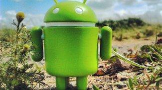 Ein Androide reist um die Welt
