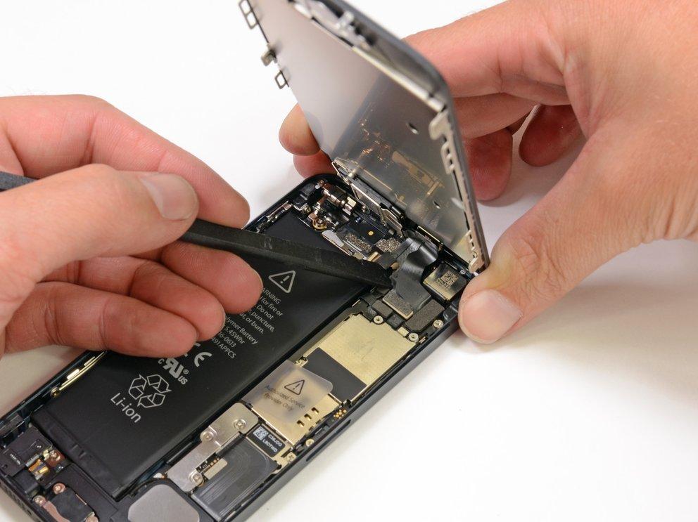 iPhone 5: Apple Stores sollen kaputte Displays vor Ort austauschen können