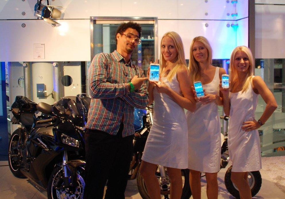 Samsung Galaxy S3 Mini: Eine Abrechnung, Fotos und Hands-On