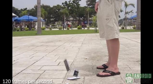 Samsung Galaxy Note 2 im dreifachen Falltest