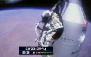 Der Fallschirm-Sprung im Video: Felix Baumgartner durchbricht die Schallmauer