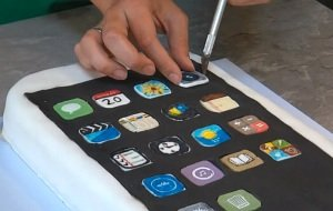 Betthupferl: Noch kein iPhone 5? Back Dir eines!