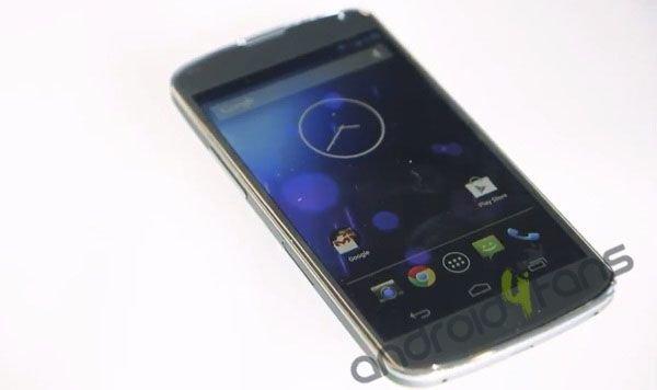 Nexus 4 in Weiß?