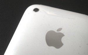 Neues vom Billig-iPhone: Bunte Plastik-Variante soll im Juni kommen