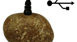 Ein Stein mit USB-Anschluss, nichts weiter (Betthupferl)