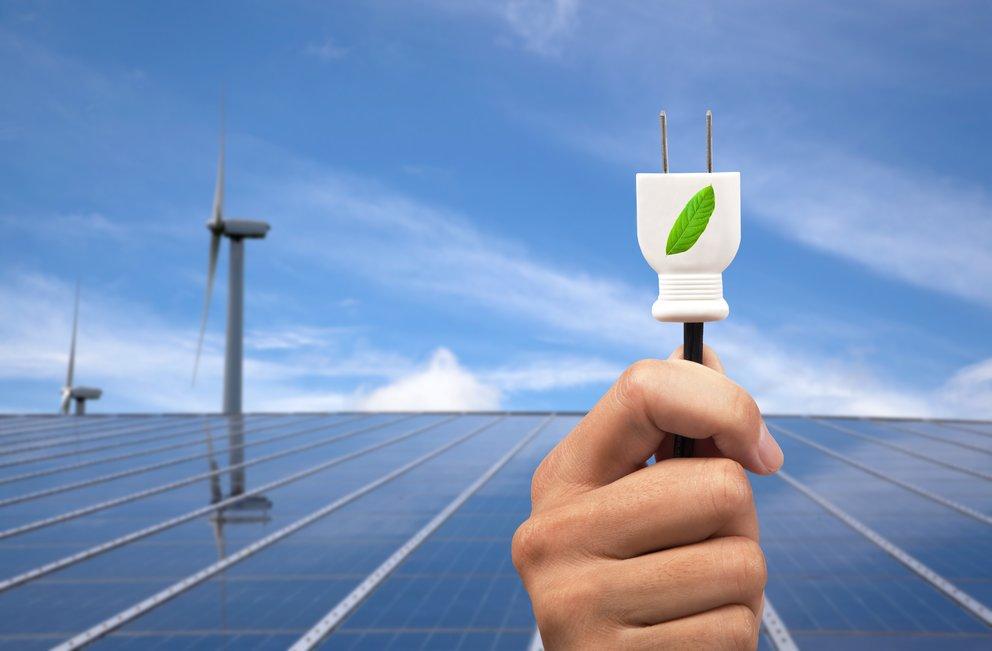 Solar Ladegeräte für das Smartphone: Akku mit Sonnenstrahlen aufladen