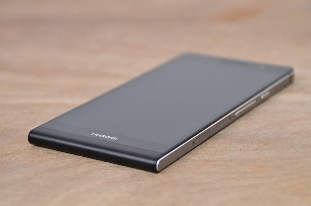 Huawei Ascend P6: Inspiriert vom iPhone 4S, aber noch schicker?