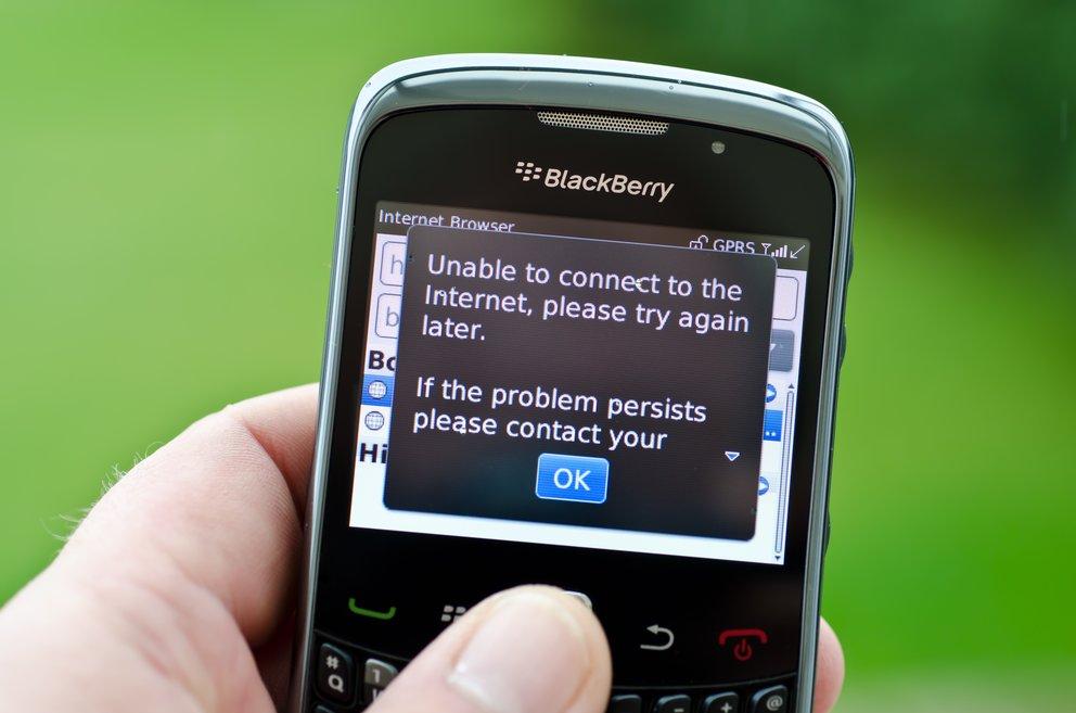 Übrigens: Mit Smartphones kann man auch ins Internet