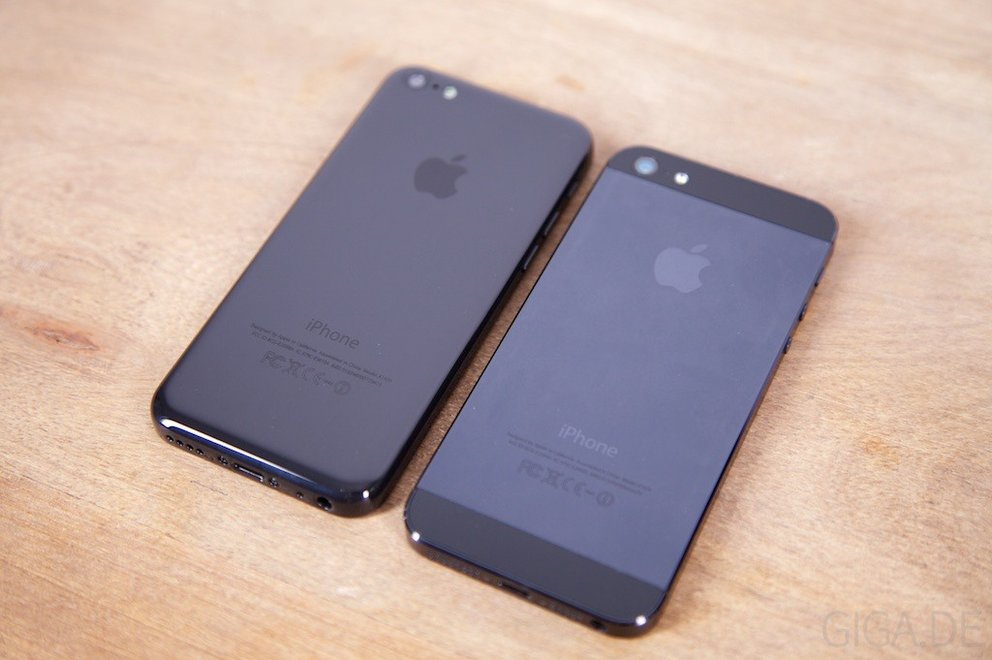 iPhone 5C Dummy vs iPhone 5