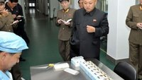 Kim Jong Un: Glücklicher Diktator dank Nordkoreas erstem eigenen Smartphone