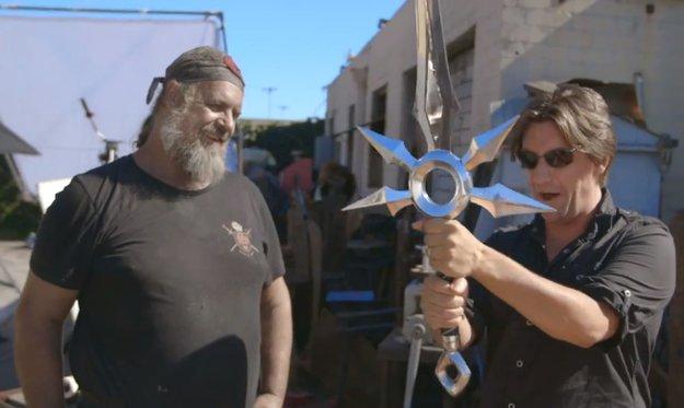 YouTube-Phänomen: Waffenschmied baut Zenith Blade aus League of Legends