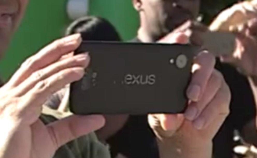 Nexus 5: 5 Zoll-Gerät von LG mit Snapdragon 800, Android 4.4 bei der FCC gesichtet