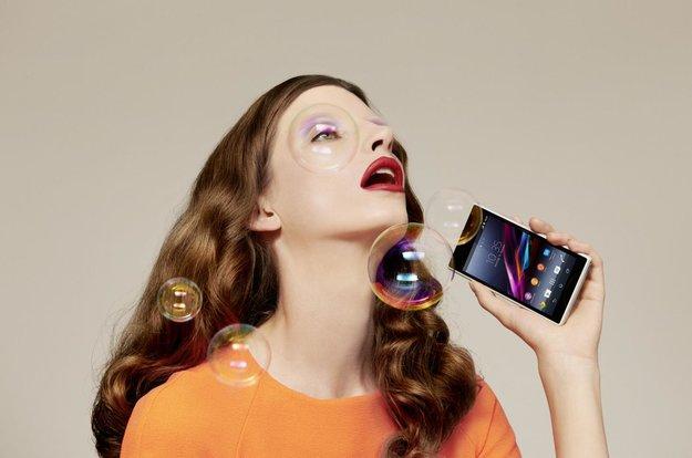 Sony Xperia Z1: Ab morgen im Verkauf, SmartWatch 2 gratis dazu