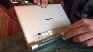 Lenovo Yoga Tablet 10: Hands-On mit den verrenkbaren Design-Tablet