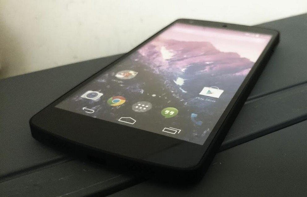 Nexus 5-Endspurt: Vorstellung heute erneut bestätigt, Saturn-Verfügbarkeit, 100 GB Google Drive-Speicher, 360°-Ansicht &amp&#x3B; mehr
