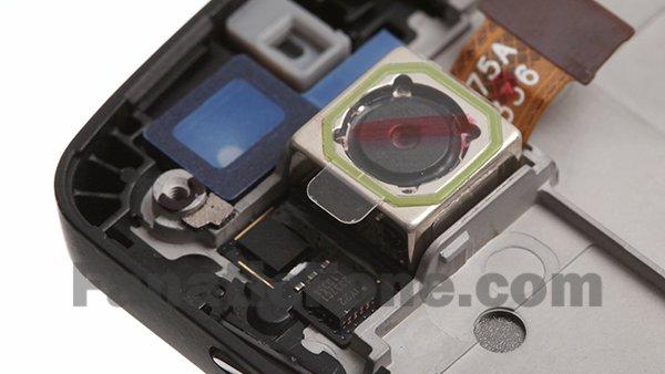 Nexus 5: Das neue Google-Smartphone in Einzelteilen