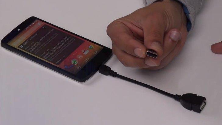 Nexus 5: USB OTG/Host nutzen ohne Root — so geht's [Video]