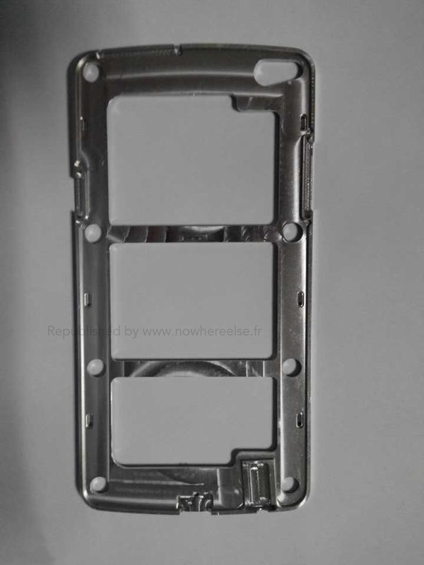 Samsung-Galaxy-S5-chassis-02