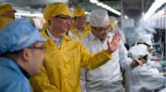 "US-Präsident: ""Tim Cook hat mir drei große Fabriken in den USA versprochen"""