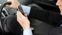 Google & Apple: Konkurrenzkampf im Auto