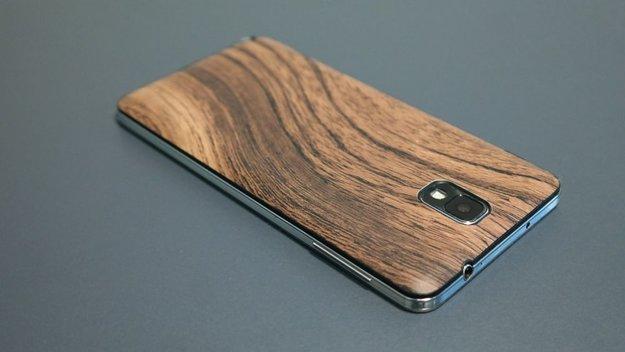 Samsung Galaxy Note 3: Ich mach auf Holz