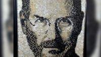 Steve Jobs-Mosaik aus 5892 Tasten - ein Portrait der etwas anderen Art