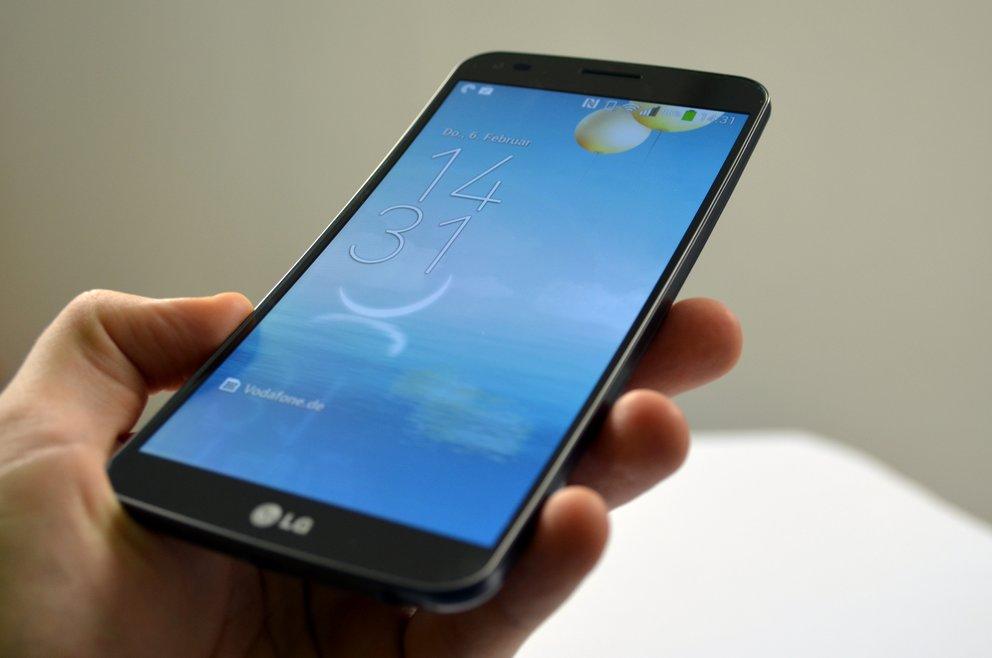 LG G Flex im Test: Krummer Gigant mit ein paar Haken