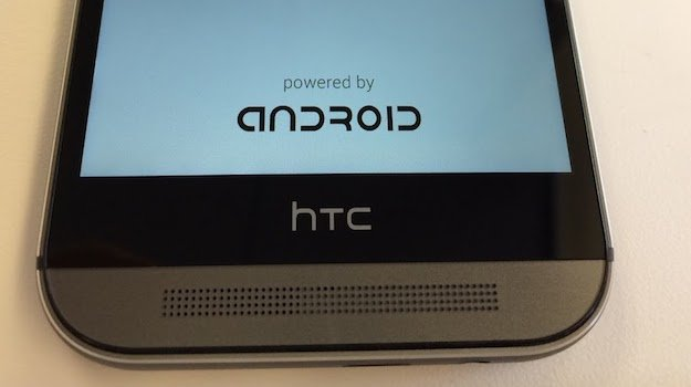 """Samsung Galaxy S5, HTC One (M8): Bootscreen-Schriftzug """"Powered by Android"""" könnte neue Google-Vorgabe sein [Gerücht]"""