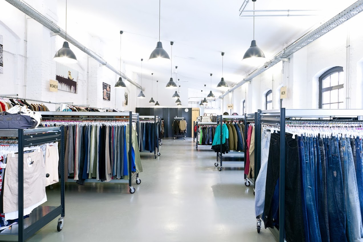 a824b61ff66fc6 Das Zalando-Outlet ist wie eine normale Boutique - nur auf drei Etagen!  (Quelle  Zalando bei Google+).