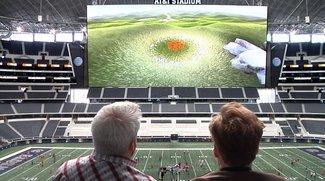 Leider geil: PS4 auf einem der größten Bildschirme der Welt zocken