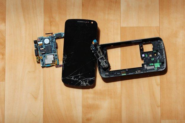 Datensicherheit: Von kaputten Smartphones und gläsernen Menschen [Erfahrungsbericht]
