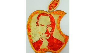 Betthupferl: Die Apple-Pizza mit Steve Jobs