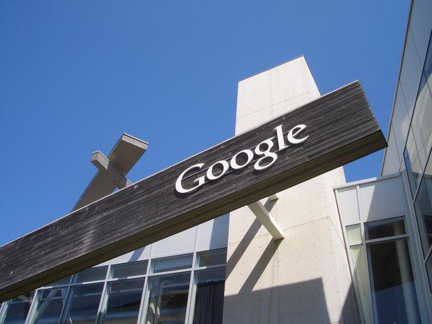 """Google: 30 Milliarden US-Dollar in der """"Kriegskasse"""" für Firmenübernahmen im Ausland"""