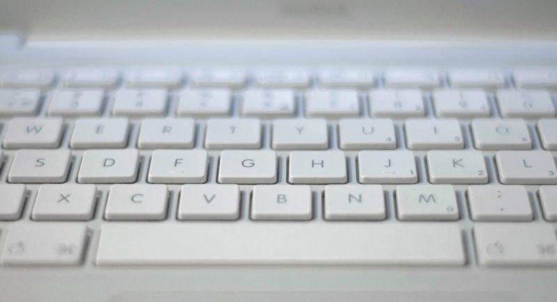 Auf dem Mac liegt das Pi-Zeichen am Buchstaben P