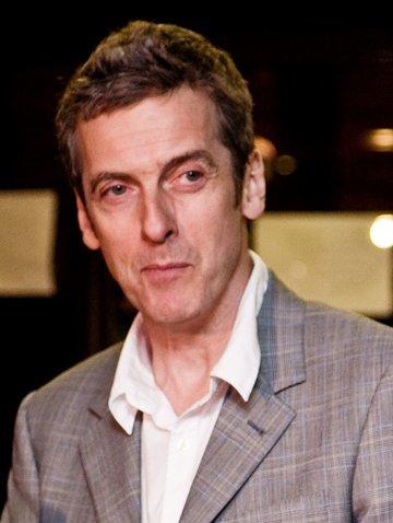 Peter Capaldi wurde 1958 geboren und ist damit wesentlich älter als Matt Smith (Jahrgang 1982).