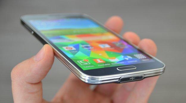 Samsung Galaxy S5: Update auf Firmware XXU1ANG2 verbessert Fingerabdrucksensor, ermöglicht ART-Nutzung