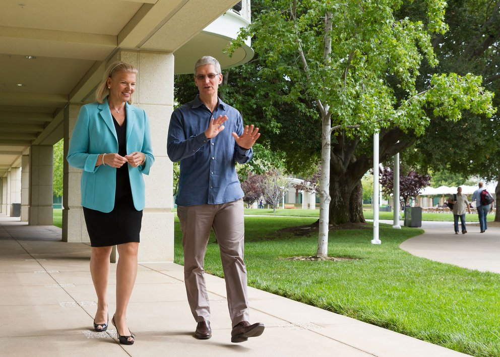 tim-cook-virginia-rometty