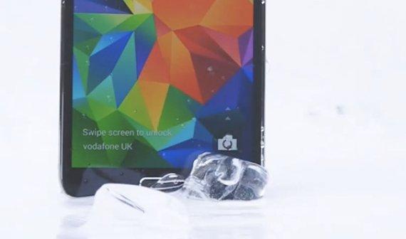 Ice Bucket Challenge: iPhone 5s von Samsungs Galaxy S5 nominiert