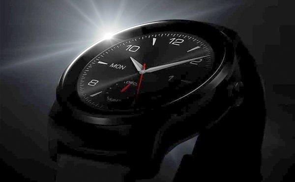 HTC: Smartwatch offiziell bestätigt, Launch erst 2015