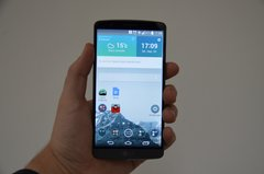 LG-G3-Front-Hand