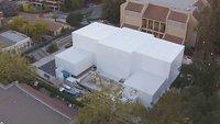 Drohnenflug über Apples Special-Event-Gebäude (Video)